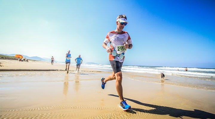 Quelle alimentation pour bien préparer son triathlon ?